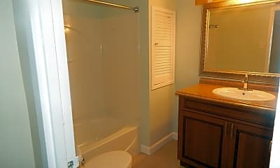 Bathroom, 2523 Huntington Ave, 2