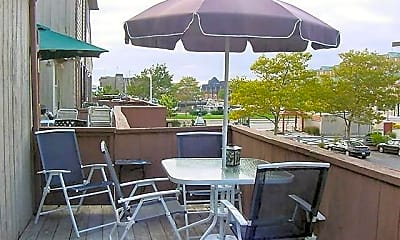 Patio / Deck, 302 Swans Wharf Row, 1