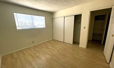 Bedroom, 1541 E Harmon Ave, 2