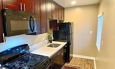Kitchen, 4069 Landis St, 1