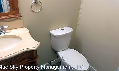 Bathroom, 3000 S Walnut St, 2