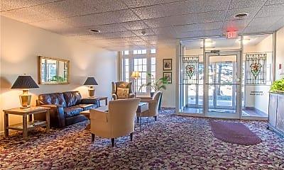 Living Room, 3438 Russell Blvd 701, 2