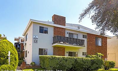Building, 114 E Live Oak St, 0