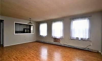 Living Room, 13833 Cedar Rd 206, 1