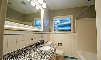 Bathroom, 2556 Boyd Ave, 1