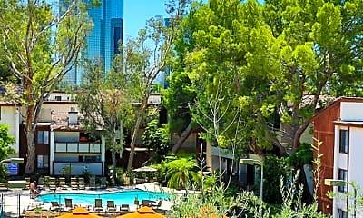 Warner Pines Apartments, 2