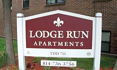 Community Signage, Lodge Run Apartments, 2