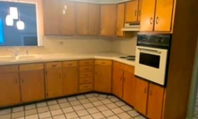 Kitchen, 1325 Cardinal Way, 1