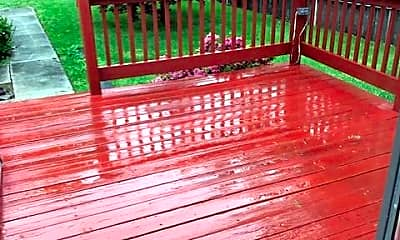Patio / Deck, 442 Buttonwood Ave, 2