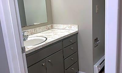 Bathroom, 980 Edmonds Ave NE, 1