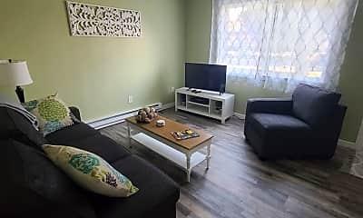 Living Room, 1303 E Hastings Ave, 1