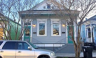 Building, 2736 Dumaine St, 0