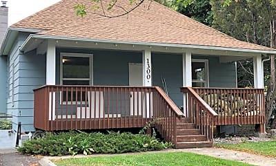 Building, 1305 Scott St, 0