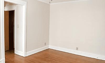 Bedroom, 2623 W Gunnison St, 2