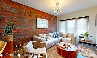Living Room, 1331 W65th, 1