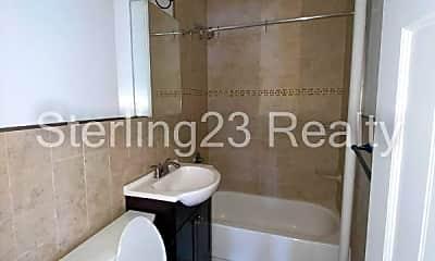 Bathroom, 43-01 Broadway, 2