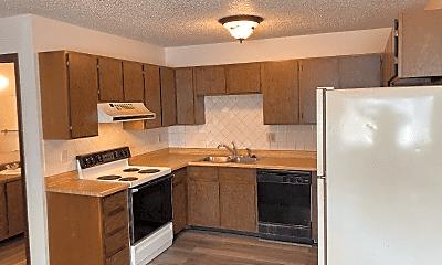 Kitchen, 2831 W 28th St, 2