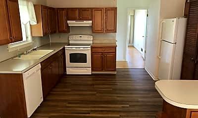 Kitchen, 9301 Fernhill Dr, 2