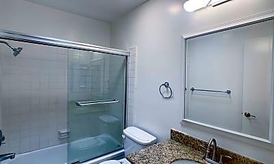 Bathroom, 11945 Darlington Ave, 2