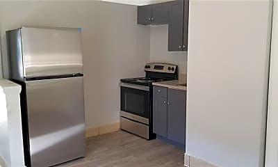 Kitchen, 1135 Pinellas St A, 1