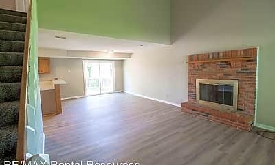 Living Room, 2209-2211 High Oaks Ct, 1