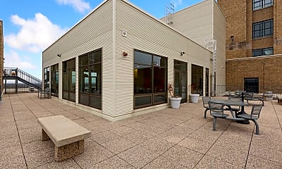 Patio / Deck, 2929 Chicago Ave 1600, 2