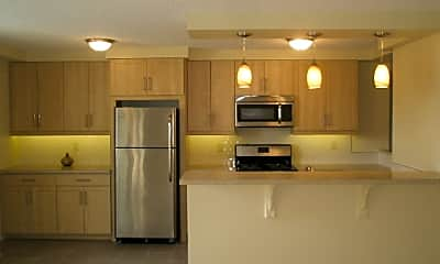 The Revere Apartments, 1