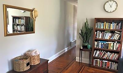 Living Room, 211 Mosher St, 1