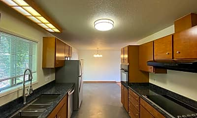 Kitchen, 911 Virginia St, 1