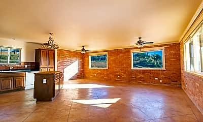 Living Room, 1640 Sunset Point Dr, 1