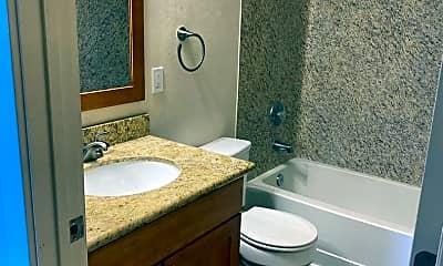 Bathroom, 745 Summit Ave E, 2