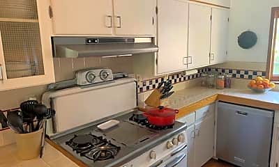 Kitchen, 2828 Foothill Rd, 0