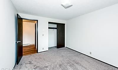 Bedroom, 5500 NE 34th St, 2