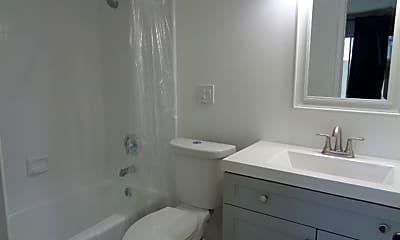 Bathroom, 3230 E Pinchot Ave, 2