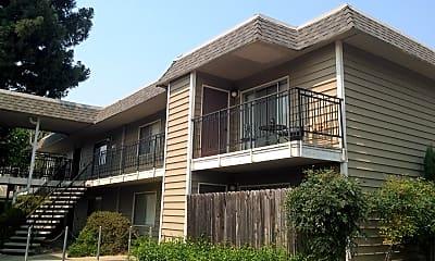 HeatherWoods Apartments, 0