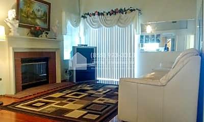 Living Room, 4475 Red Oak Cmn, 0