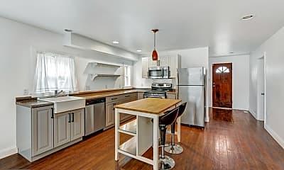 Kitchen, 106 S Walnut St, 1