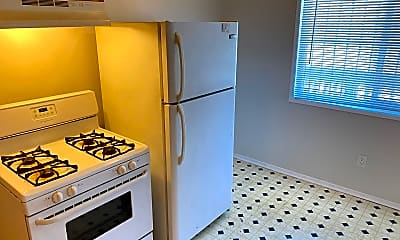 Kitchen, 261 Lester Ave, 1