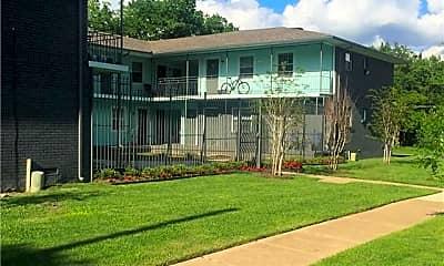 Building, 701 Elsbeth St 105, 2