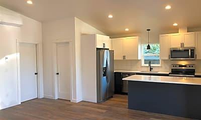 Kitchen, 4563 NE 47th Ave, 1