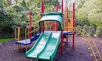 Playground, 93 Richards, 2