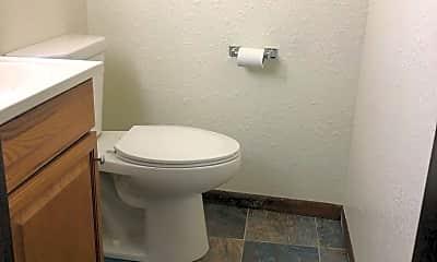 Bathroom, 512 Carr Dr, 2
