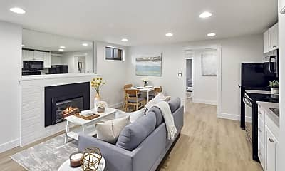 Living Room, 530 12th Ave E, 1