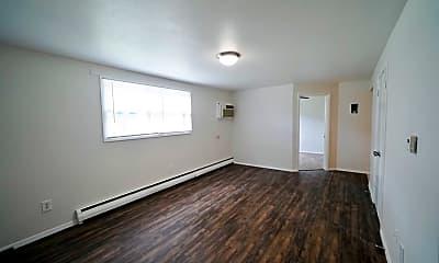 Kitchen, 615 W Bennett St, 1