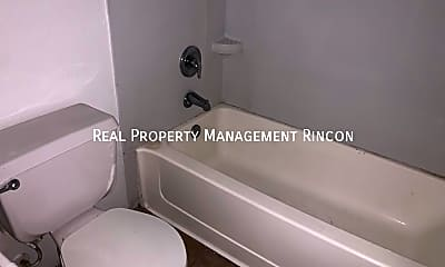 Bathroom, 219 W Fort Lowell Rd - 106, 1