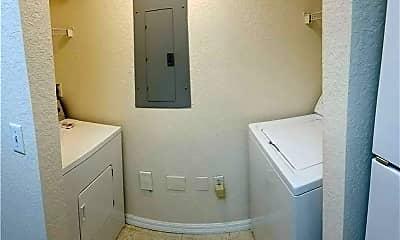 Bathroom, 1102 Belmont Ln, 1