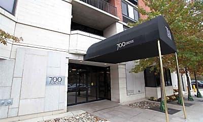 Building, 700 Grove St 2Q, 2