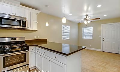 Kitchen, 2437 Highland Ave, 0