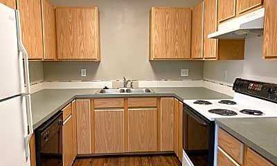 Kitchen, 220 Baker St, 1