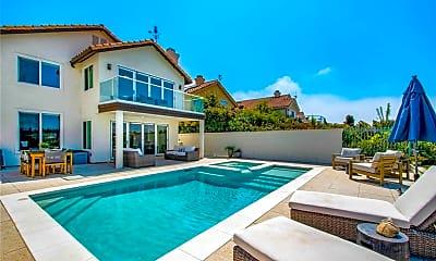 Pool, 37 Santa Lucia, 0